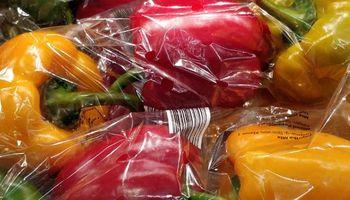 #DesnudaLaFruta: Rosario prohibió el uso de envoltorios plásticos en frutas y verduras