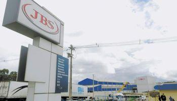 La venta de JBS en Uruguay dejó el 40% de faena en manos de otros dos grupos brasileños