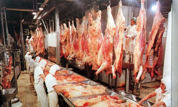 """Comunicado de la Mesa de las Carnes: """"Compromiso para derrotar la informalidad en la cadena de las carnes""""."""