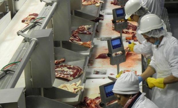 Uruguay gestiona la habilitación para el ingreso de carne bovina madurada y desosada.