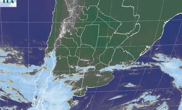 La foto satelital presenta, como desde los últimos días de mayo, el tránsito de las principales perturbaciones atmosféricas por la Patagonia.