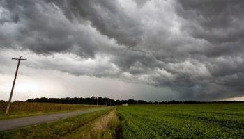 Las tormentas se trasladan al este luego de su paso por la región centro