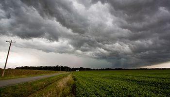 Alerta para la región centro por fuertes tormentas y ocasional caída de granizo