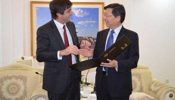 Argentina gestiona nuevas oportunidades para sus productos en China y Francia