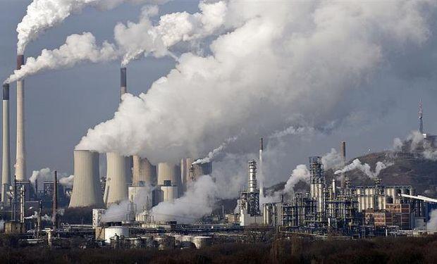 En 2015, la concentración atmosférica de CO2 alcanzó 400 partes por millón (ppm).