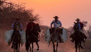 9 de julio: un grupo de gauchos viajará 1200 kilómetros hasta San Nicolás para reivindicar a Güemes