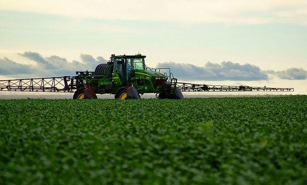 Entre los agroquímicos, el glifosato fue el segundo entre los productos que más bajaron. Sólo fue superado por los insecticidas, que tuvieron un derrumbe de 28,9%.