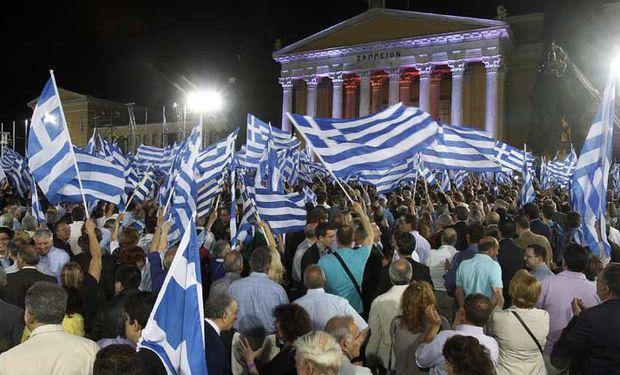 """Para Atenas, el objetivo del referendo es que el pueblo rechace las """"duras"""" condiciones exigidas por los acreedores."""