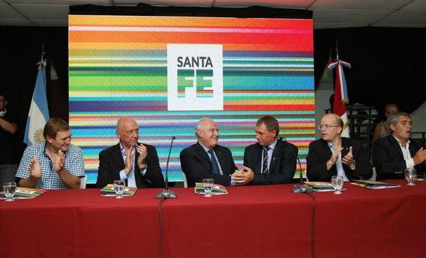 El gobernador de Santa Fe, Miguel Lifschitz, presentó este miércoles en Las Parejas el Plan de Desarrollo Industrial.