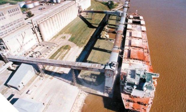 Por complejo oleaginoso, en 20 años creció un 90% el ingreso de buques.