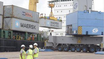 Millonarias inversiones en el sistema portuario