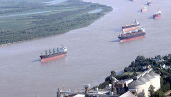 El Gobierno llama a audiencia para bajar hasta 30% el costo del practicaje portuario