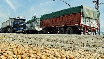 Un combo letal: bajan los granos, pero no el gasoil
