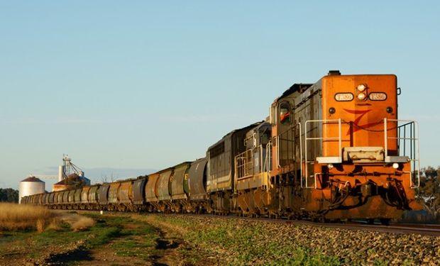 La BCR precisa en su estudio que cada año llegan a los puertos del Gran Rosario aproximadamente 1.500.000 camiones, 170.000 vagones ferroviarios y casi 4.000 barcazas.