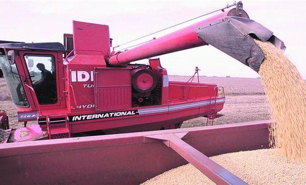 La cosecha de soja está casi concluida en la región núcleo y gran parte de lo vendido continúa siendo con precio a fijar.