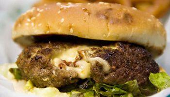Hamburguesas de cordero y búfalo: una opción saludable y un mercado en ascenso