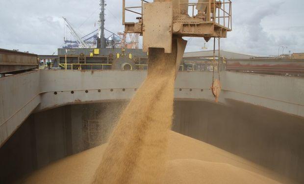 Muchos usuarios de soja en EE.UU. comenzaron a temer que las sobreventas estadounidenses generen un déficit interno del producto.