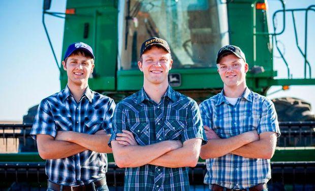 Los Peterson Farm Bros.