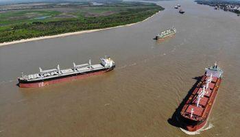 Hidrovía: Argentina trabaja en el Canal Magdalena y 41 oradores expusieron sus miradas