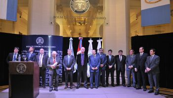 La Bolsa de Rosario homenajeó a sus socios y funcionarios
