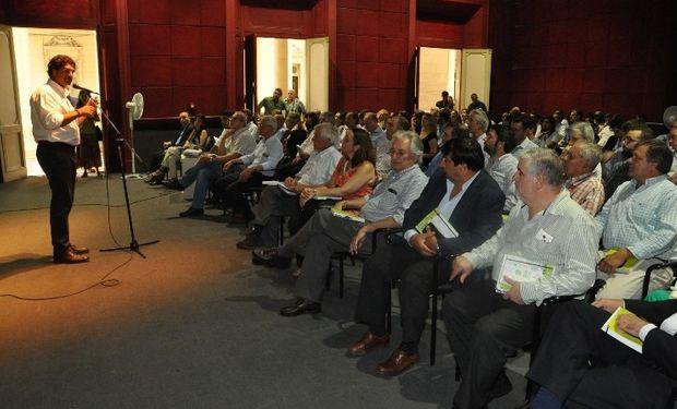 La Provincia lanzó estrategia para aumentar la producción, consumo y exportaciones hortícolas.