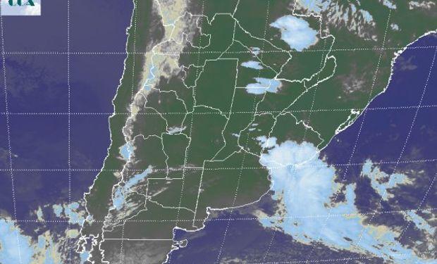 La foto satelital no presenta coberturas nubosas de importancia.