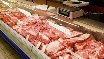 El precio del pollo recortó un 21,5% la diferencia con la carne vacuna