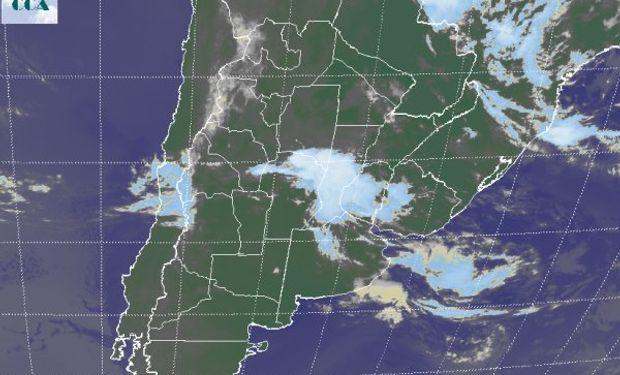 La foto satelital permite apreciar la zona con coberturas más activas.