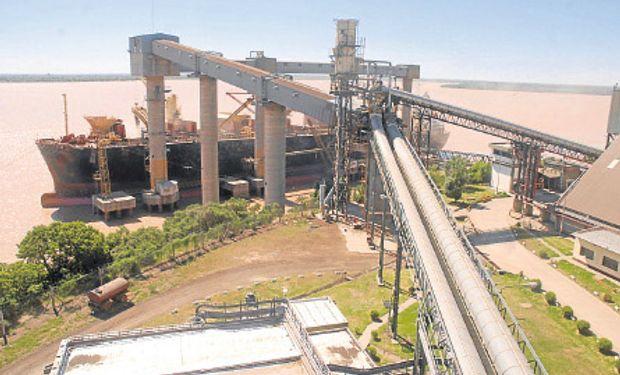 Exportación de granos en la Hidrovia Paraguay - Paraná