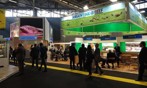 Stand de Argentina en la feria.