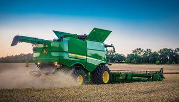 Dólar: el endurecimiento del cepo incluye pulverizadoras, cosechadoras y sembradoras