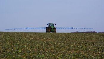 Pondrían límites a la importación de agroquímicos