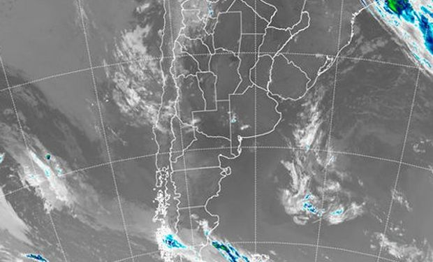La imagen satelital se mantiene como evidencia de la fuerte presencia anticiclónica en la estructura atmosférica.