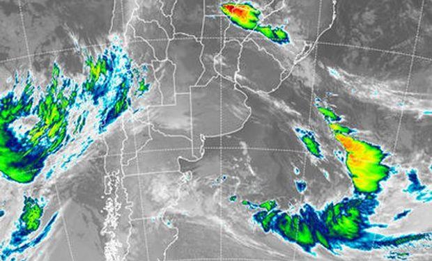 Se aprecia la marcada disminución de las coberturas nubosas sobre la región pampeana.