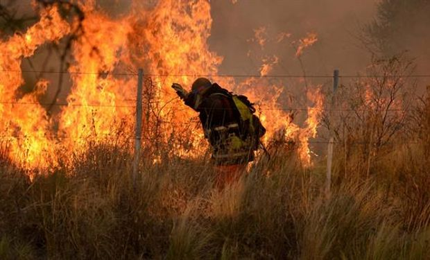 Se recurrió el Sistema Federal de Manejo del Fuego con aviones hidrantes.