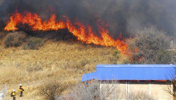 La AFIP lanzó medidas de alivio para localidades afectadas por incendios forestales