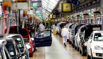 Cayó 17,6% la producción automotriz en Brasil