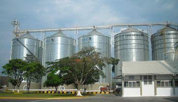 Intensifican controles en comercio de carne y granos