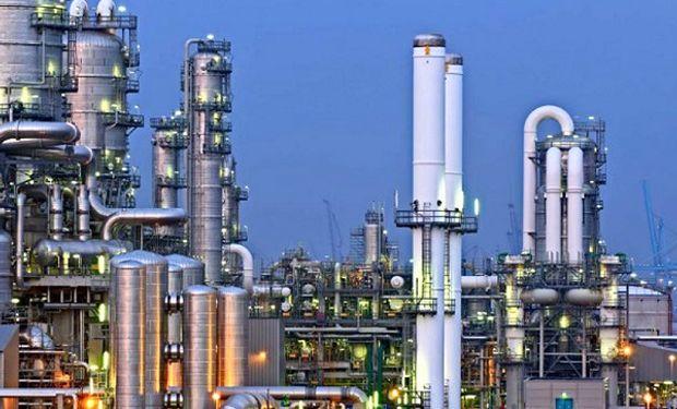 China está imponiendo clausuras a muchas fábricas de diversos sectores industriales y fuertes restricciones a otras, como parte de su política ambiental.