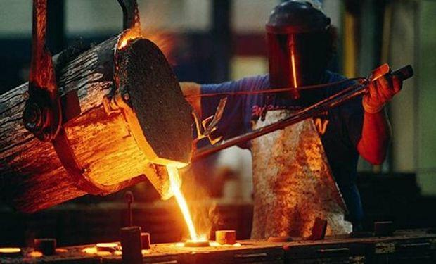 Producción de acero crudo en Argentina crece julio