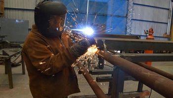 Santa Fe: industriales piden el congelamiento de tarifas para mantener la competitividad