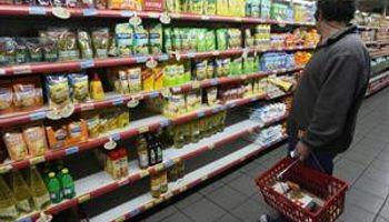 Clásico argentino: faltan productos y remarcan precios