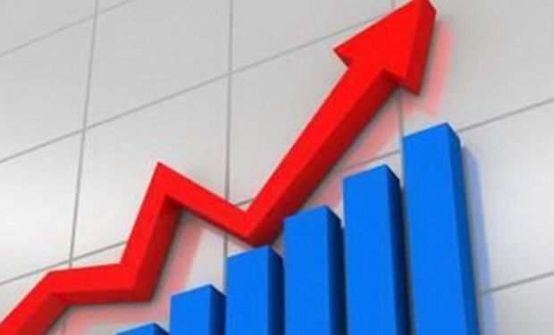 La inflación bajó algo por la crisis, pero sigue arriba de 2%