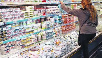 Inflación sigue alta, pero se desaceleró durante el mes pasado