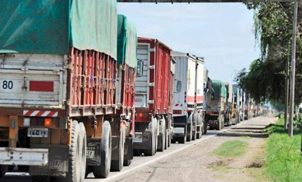 La mayor participación corresponde a los camiones que transportaron granos gruesos, especialmente soja y maíz, que en el año 2014 representaron el 91% del total.