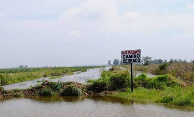 El objetivo de la obra es dotar de mayor capacidad al río para evitar desbordes e inundaciones en zonas aledañas y productivas.