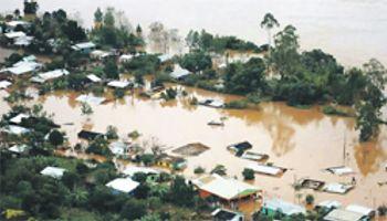 Dramática situación por las inundaciones en el Litoral