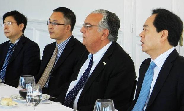 Durante el encuentro se habló sobre la necesidad de ampliar el protocolo sanitario para la inclusión de carne refrigerada.