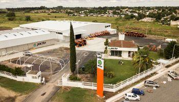 Jacto puso en marcha su primera fábrica en Argentina