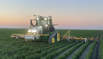 John Deere paga US$ 250 millones por una startup de tractores autónomos